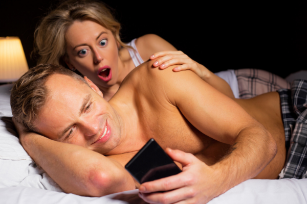 5 Stealthy Ways To Catch Your Lover Cheating